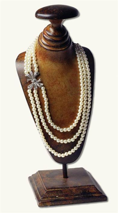 Edwardian Gloves, Handbags, Hair Combs, Wigs Anna Karenina Pearls $29.95 AT vintagedancer.com