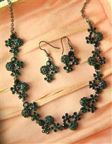 Greensleeves Jewelry Set