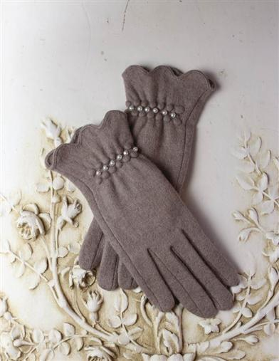 Vintage Style Gloves Cashmere Texting Gloves $14.99 AT vintagedancer.com