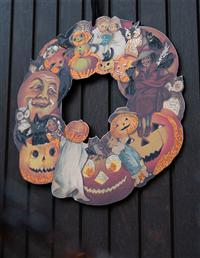 Cast Of Characters Wooden Wreath
