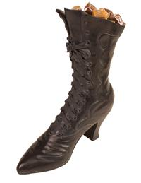 Hildegard's Hightop Boot