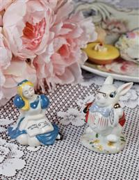 Wonderland Salt And Pepper Set