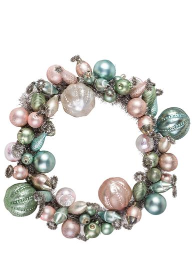 Lustrous Baubles Wreath