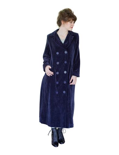 Victorian Jacket, Coat, Ladies Suits | Edwardian, 1910s, WW1 April Cornell Velvet Touring Coat Extra Extra Larg $259.95 AT vintagedancer.com