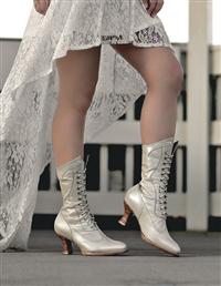 Vintage Pearl Boots