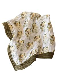 White Blooming Roses Quilted Throw