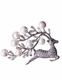 Prancer Brooch