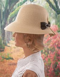 Packable Bow Hat