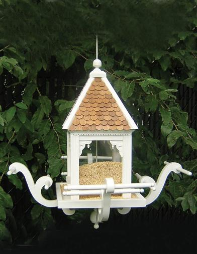 GINGERBREAD BIRD FEEDER
