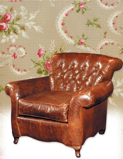 TUFTED LEATHER ELOISE READING CHAIR