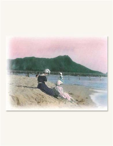 WOMEN ON BEACH NOTECARDS (PKG OF 8 THANK YOUS)